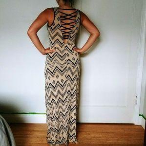 Tribal Print Lattice Back Maxi Dress Sz S